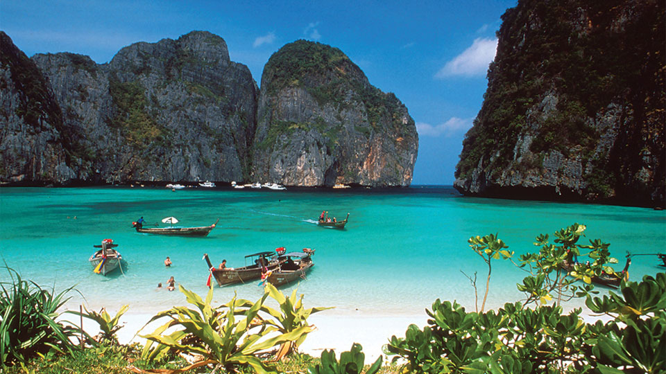 the-phi-phi-islands