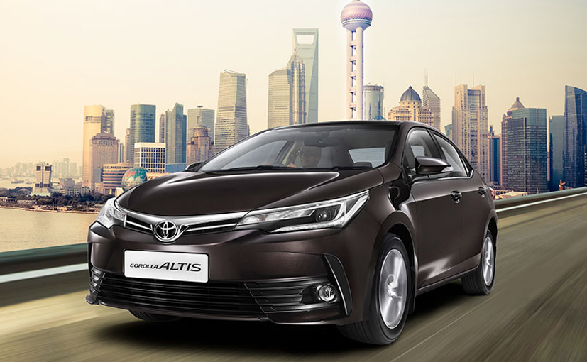 Toyota Launched Its 2017 Corolla Altis in India Which Starts From 15.87 Lakhs